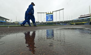 Rainout gives Royals, Orioles rotation options
