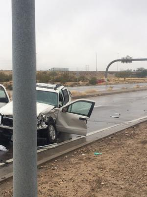 Crash kills 1, injures 2 on Tucson's SE side