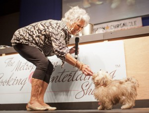 Photos: Paula Deen out at Food Network