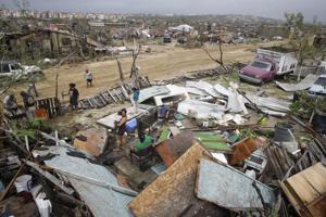 Muchos siguen sin electricidad en Los Cabos
