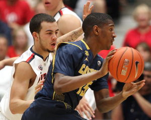 Cats must stop Wallace, keep struggling Bears down