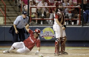 Women's College World Series: Oklahoma 4, Alabama 1: Sooners 1 win from title