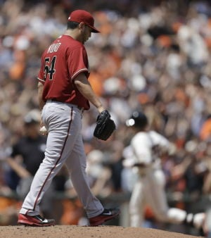 Giants 8, D-backs 4: Two slams, mistakes lead to loss