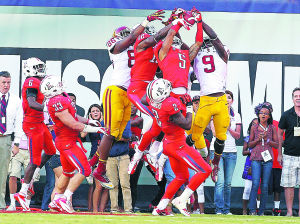 UA football: Wildcats eager for a shot at reeling Trojans