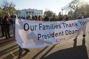 Inmigrantes se movilizan aliviados