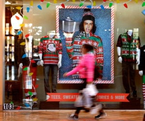 Some large retailers opting to close on Thanksgiving