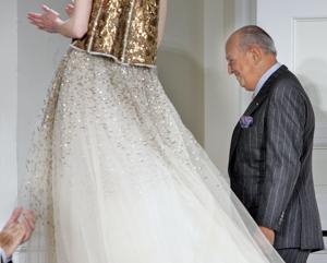 Muere el gran diseñador de moda Oscar de la Renta