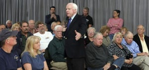 McCain talks about guns, border in Green Valley