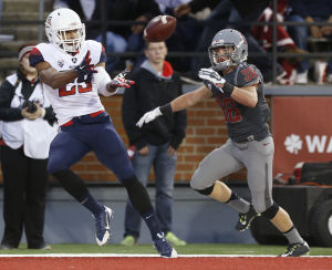 Right into their hands: Cats beat WSU 59-37