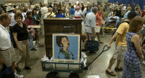 Small fire delays start of Antiques Roadshow
