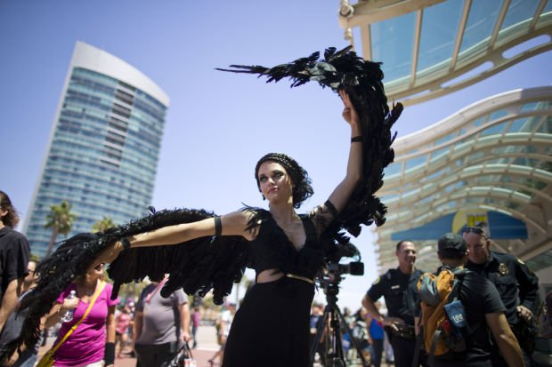 Photos: Costumes come out at Comic-Con