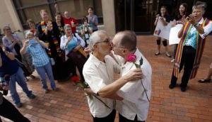 Gay marriage becomes legal in Arizona