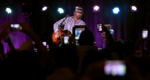 Photos: Toby Keith - I love this (Tucson) bar