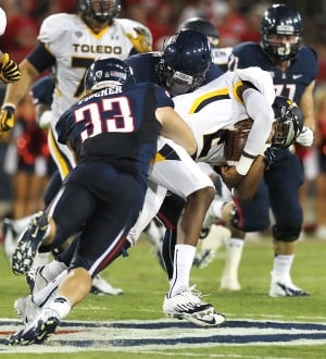 Arizona Wildcats football: Linebacker Fischer and kicker Smith join O'Bannon lawsuit against NCAA