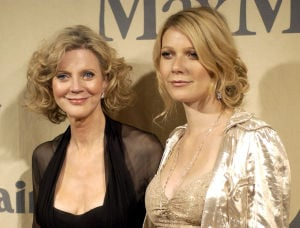 Photos: Famous mothers with famous daughters