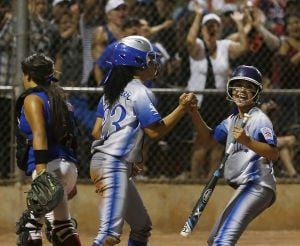 Sunnyside advances to quarterfinals with win