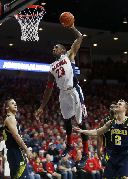 Photos: No. 3 Arizona 80, Michigan 53