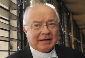 Vaticano pone en arresto domiciliario exembajador