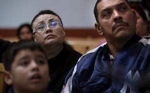 Enfrentan futuros distintos inmigrantes en santuario