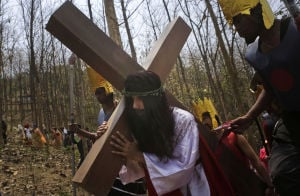 Photos: Good Friday observances around the world