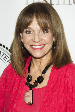 Photos: Valerie Harper appears to be beating cancer