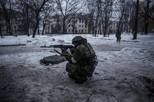 Separatistas en Ucrania rompen pacto y lanzan ofensiva