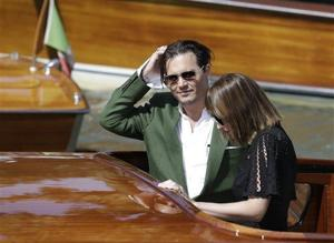 Johnny Depp wows Venice in gritty gangster tale 'Black Mass'