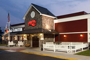 Tucson Red Lobster eateries get facelift, menu makeover
