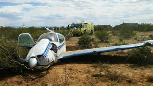 Small plane makes hard landing at Tucson airport