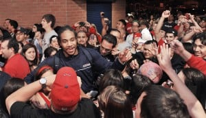 2,000 hit McKale to hail their Wildcats