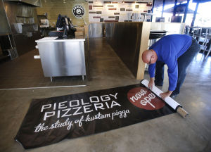Calif.-based fast-pizza restaurant opening in Tucson