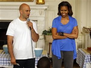 El cocinero de Obama cuelga el delantal
