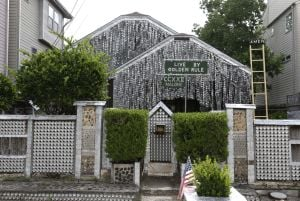 Photos: Beer can house