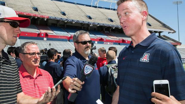Hansen's Sunday Notebook: Arizona Wildcats' profit pales in comparison to Greg Byrne's new gig at Alabama