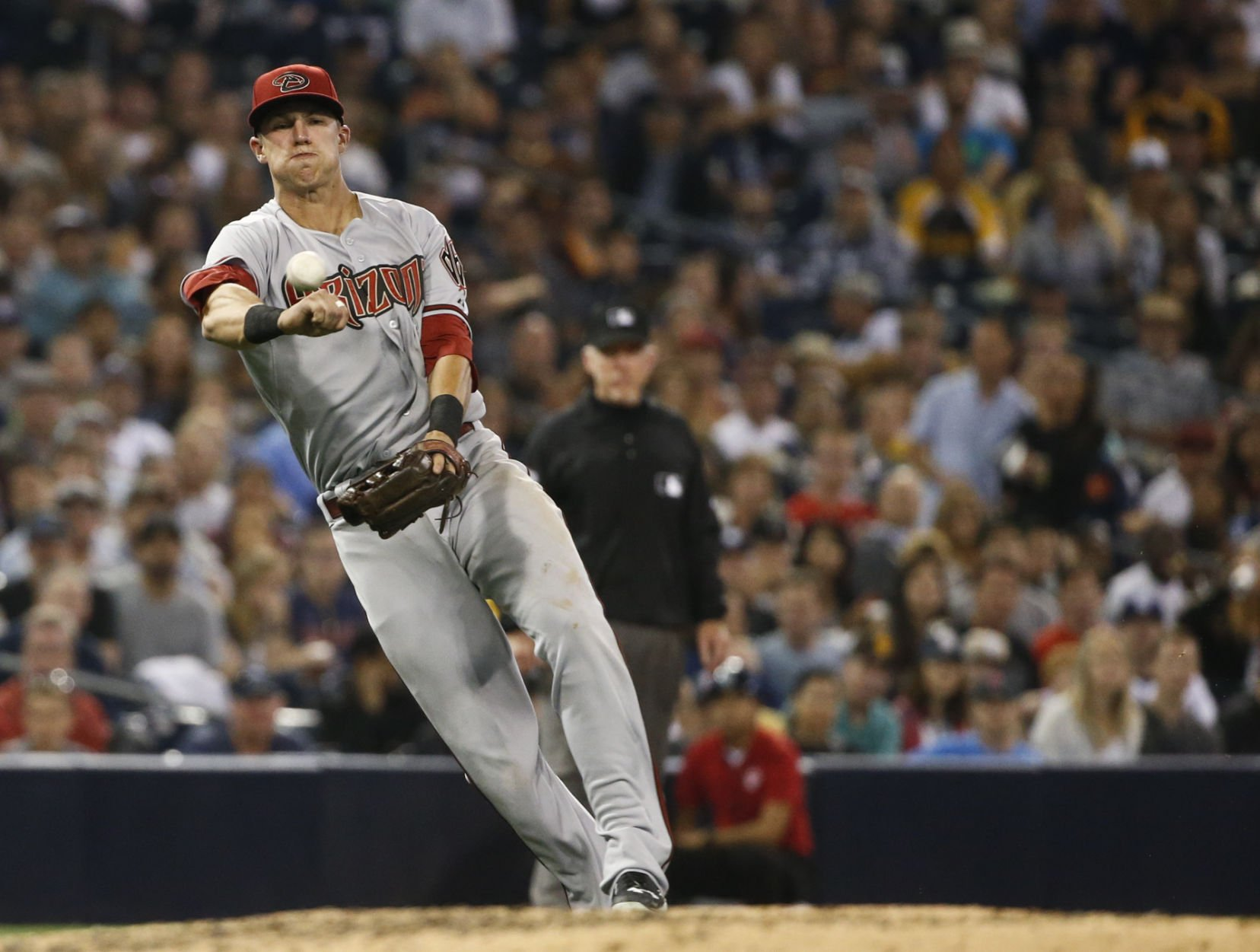 D-backs fall to Padres 4-2