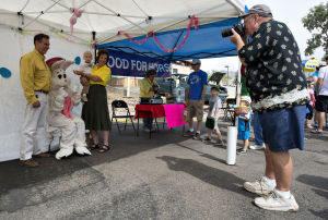 Egg hunt, market help mark Easter