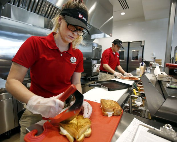 Quiktrip Adds Freshly Made Food Counters To Local Stations