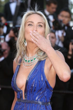 Photos: A kiss for you from the red carpet at Cannes