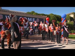 Arizona Football Arrives at the Vizio Fiesta Bowl