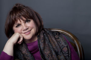 Linda Ronstadt coming to Tucson for 'armchair' evening