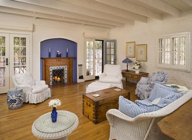Park Ave Auto >> Photos: Linda Ronstadt's Tucson home gets cheaper