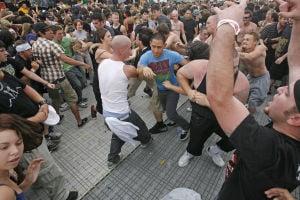 Godsmack leads metal smack down at Kino stadium
