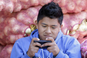 Ecuador espera circular moneda electrónica oficial