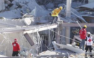 Dos muertos por explosión en hospital de ciudad de México