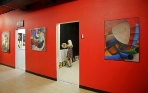 Gallery of local art opening at Tucson Mall