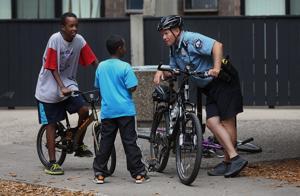Aumentar diversidad en la policía, tarea compleja