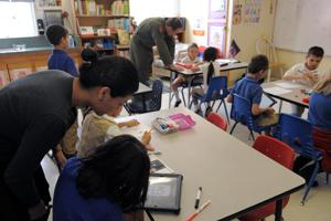 Airmen blog: Chinese language connects linguist, local children