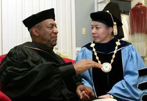 Alegatos de abuso empañan filantropía de Cosby