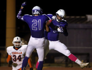 Sabino sizzles in spotlight, routs Cholla