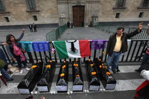 México: Peritos dudan que estudiantes murieran en basurero